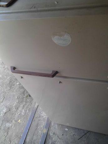 Холодильник Snaige. высота-1.7метра. 2-х камерный.