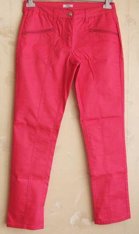 Spodnie z kieszeniami na zamek sport style 40