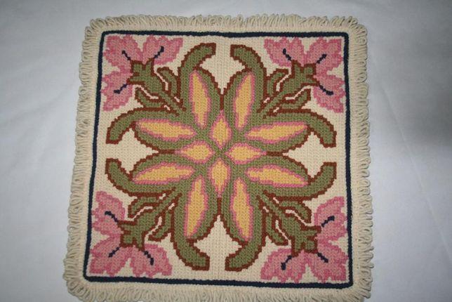 Almofada de lã bordada - Arraiolos