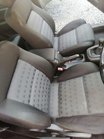 Volkswagen Passat b5 fl komplet foteli sedan. Stan b dobry