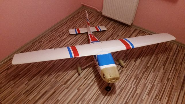 Samolot RC, model, Cessna 177 Cardinal 2120 mm + silnik benzyna 33cm