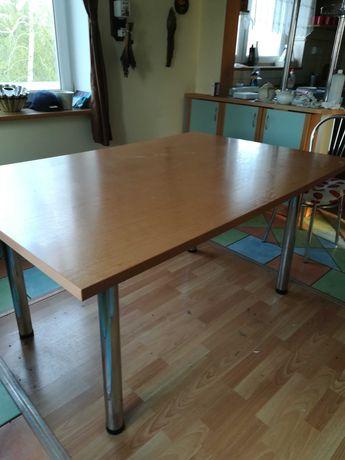 Duży stół i 6 krzeseł