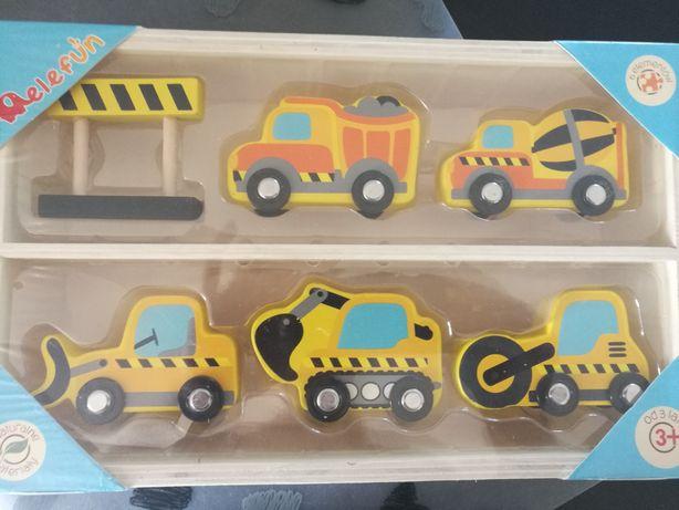 Drewniane auta budowlane
