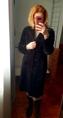 Шуба  пальто мутон шоколадного кольору