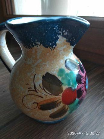 Porcelanowy dzbanek