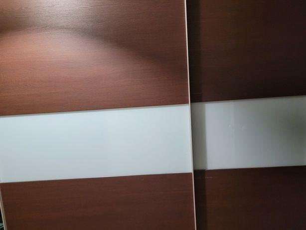 Roupeiro 2m Largura, castanho, com vidro fosco, design moderno