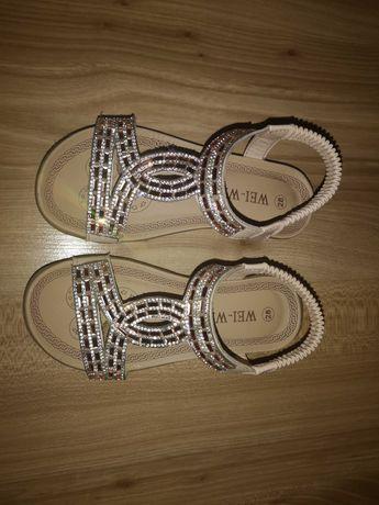 Sandałki 28 zlote