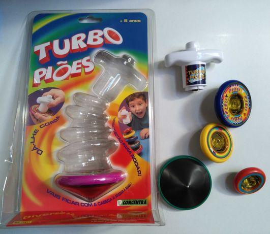 Brinquedo novo e embalado. Turbo piões Concentra. Police force