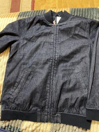 Чоловіча куртка Levis