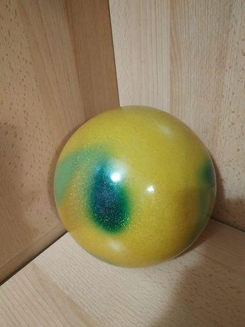 Мяч для художественной гимнастики фирмы Sasaki 17 см.