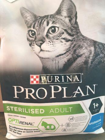 Сухой корм для стерилизованных кошек и кастрированных котов