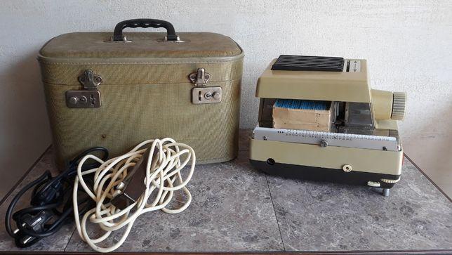 Stary rzutnik Liesegang Fantax 500 z wentylatorem