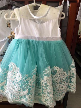 Нарядное платье, размер 80