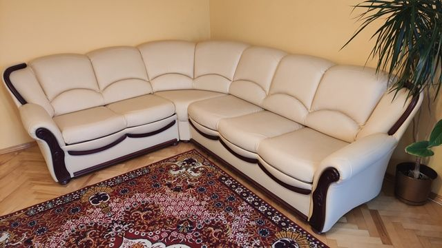 Sprzedam komplet wypoczynkowy narożnik i dwa fotele