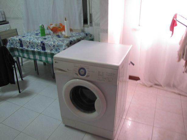 Vendo maquina lavar roupa LG 7K WD 80130F