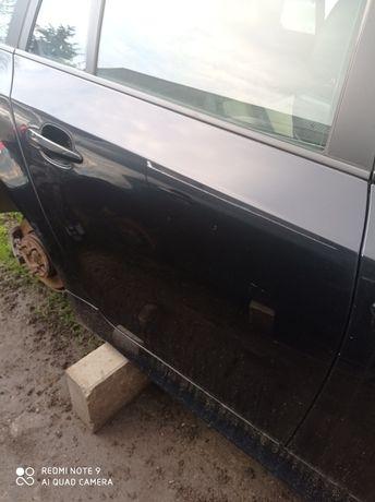 Drzwi prawy tył BMW E61 carbonschwarz 416/9