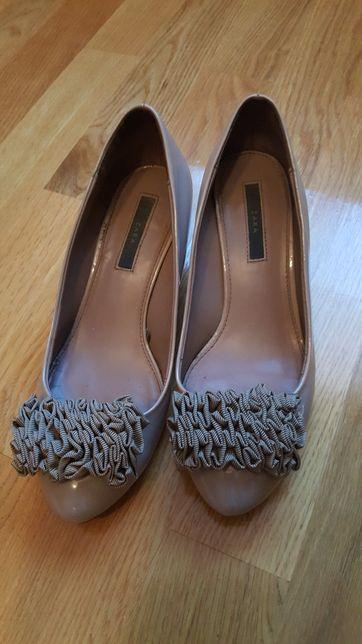 Śliczne buty Zara jak nowe