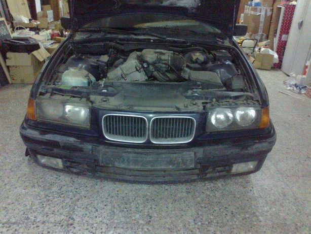BMW 318is 5 portas para peças