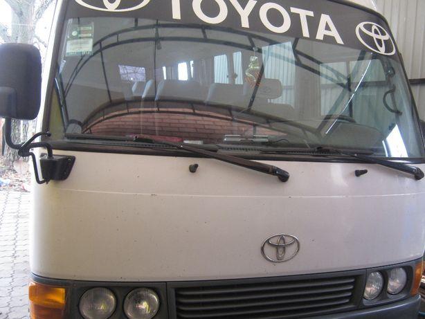 Автобус Тайота