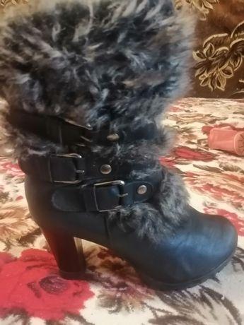 Зимние ботинки 39 размер, стелька 25 см