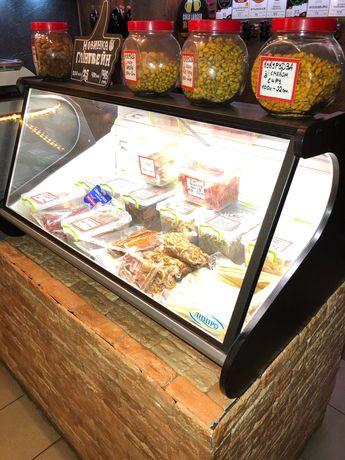 холодильная витрина настольная Холодильна вітрина настільна