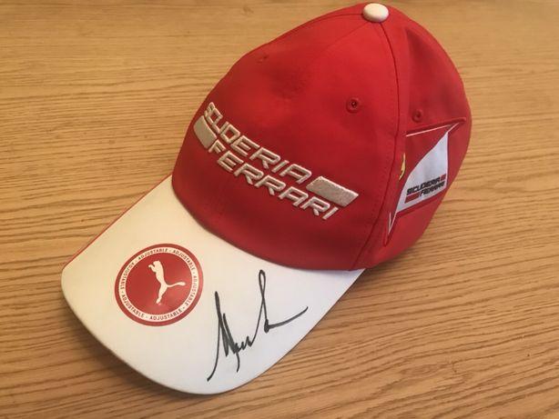 Ferrari scuderia Puma czapka z autografem