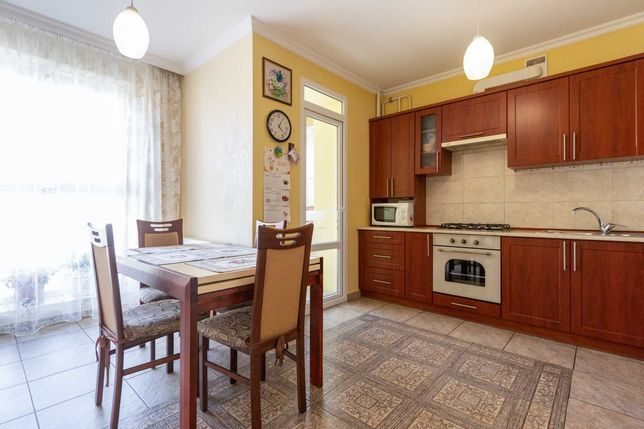 Продаж 4-кімнатної квартири за ціною 3-кімнатної. Пасічна, новобудова.