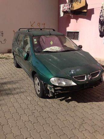 Peças Renaulte megane 1.4 16v 2001/ AC