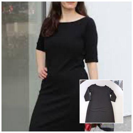 Sukienka mała czarna 44