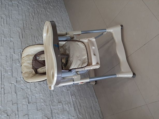 krzesełko do karmienia Magnus Caretero