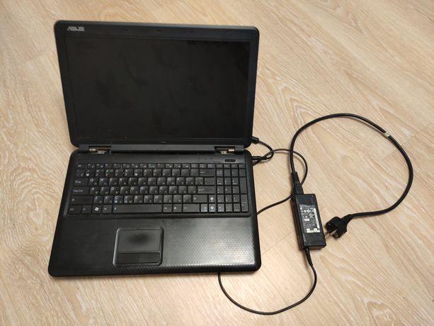 ноутбук Asus K50C в рабочем состоянии