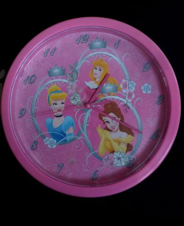 Zegar ścienny księżniczki zegarek
