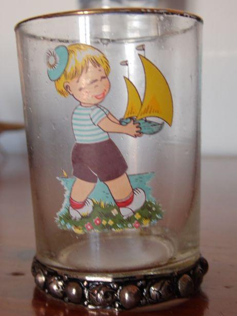 Copo de criança em vidro