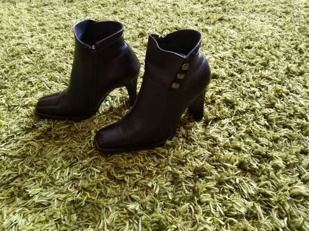 Женские демисезонные полусапожки, ботинки