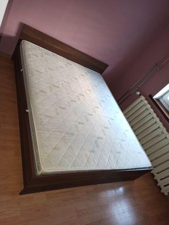 Łóżko 2,00 x 1.60 materac