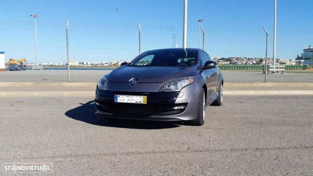 Renault Mégane Coupe 2.0 T 16V RS