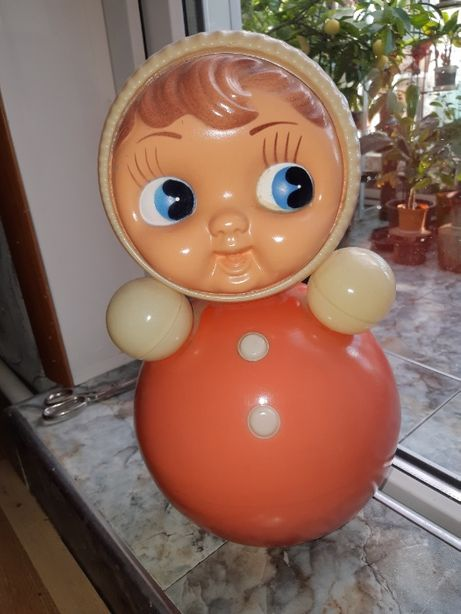 Музыкальная кукла неваляшка.СССР.