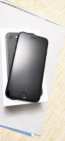 iPhone 7 Space grey  (32 гб).        Айфон 7 чёрный (32 гб).