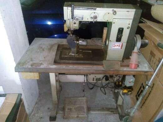 Máquina costura calçado