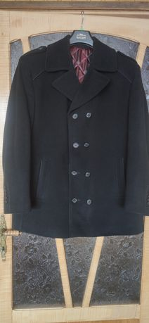 Czarny płaszcz zimowy XXL