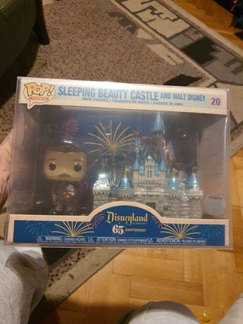 Funko Pop Town Sleeping Beauty Castle & Walt Dinsey Exclusive