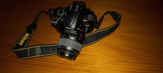 Nikon d5000 + lente 18-55 + Mochila