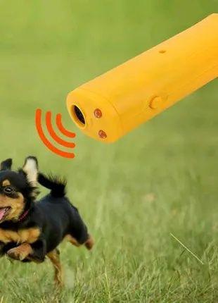 Ультразвуковой отпугиватель AD-100 собак с батарейкой в комплекте