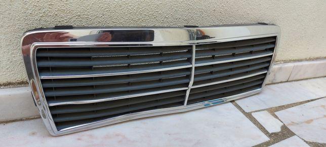 Grelha Mercedes 190