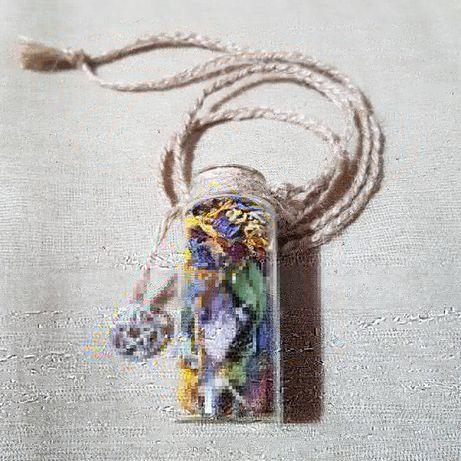 Buteleczka, amulet, makrama, suszone kwiaty, witchcraft, pentagram