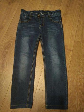 Продам джинси на хлопчика