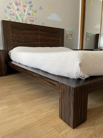 Quarto completo de cama de casal