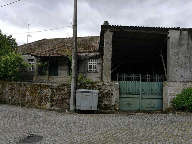 Moradia Antiga em Pedra centro Carapito Aguiar da Beira