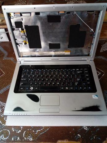 Корпус ноутбука SAMSUNG R518