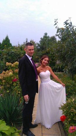 Sukienka ślubna z gorsetem